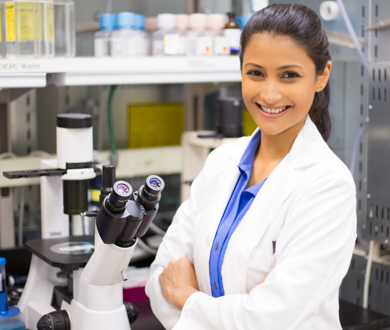 https://skilldevo.com/wp-content/uploads/2021/03/cropped-smiling-young-scientist-1280x1082.png